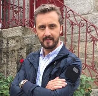 Javier Varela Presentador